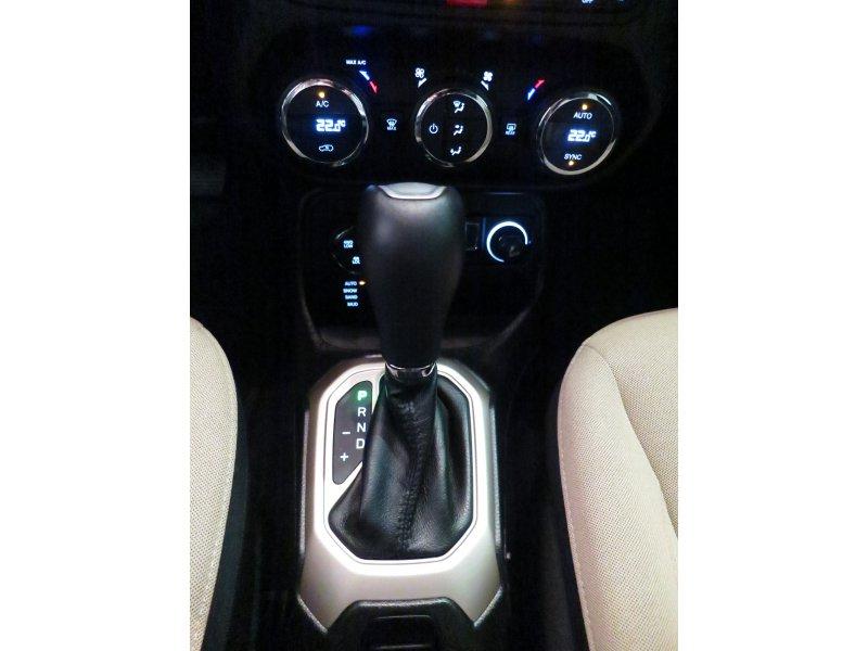Jeep Renegade 2.0 Mjet 4x4 140CV Auto AD Low 75 Aniversario