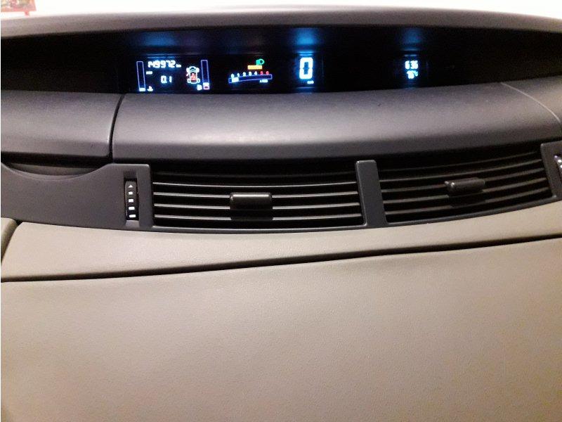 Renault Espace 2.2 dCi 16v PRIVILEGE