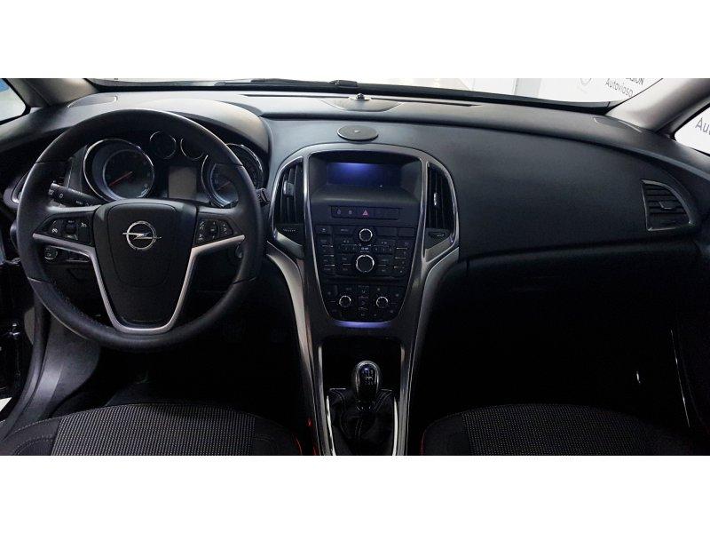 Opel Astra 1.7 CDTi S/S 130 CV ST Cosmo