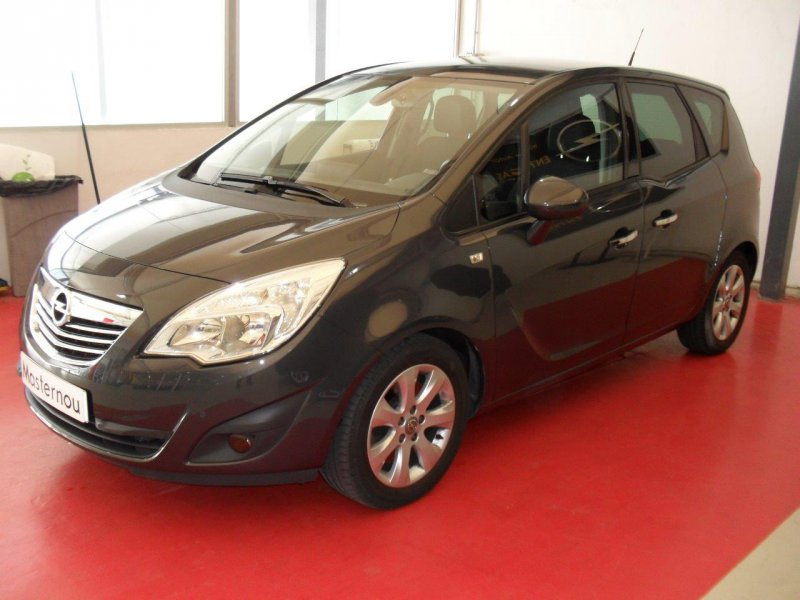 opel meriva 1 7 cdti 110 cv s s excellence diesel gris 1 con 30000kms en barcelona. Black Bedroom Furniture Sets. Home Design Ideas