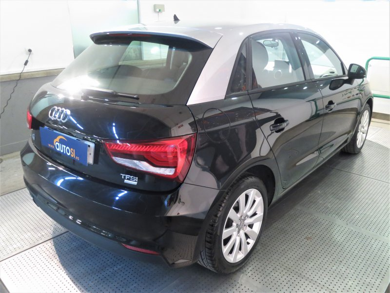 Audi A1 Sportback 1.0 TFSI 95CV Attracted