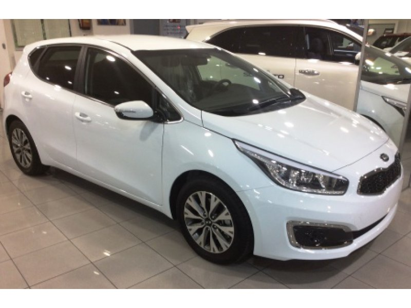 Kia Ceed 1..0 T-GDI 120CV Eco-Dynamics TECH