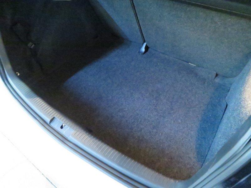 Volkswagen Golf VI 1.6 TDI 105cv DPF DSG Advance