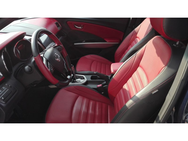SsangYong Tivoli D16T Auto 4x4 RED EDIT. Limited Red Edition