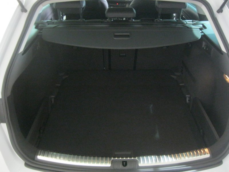 SEAT Nuevo León ST 1.6 TDI 110cv St&Sp Style Connect Pl Style Connect Plus