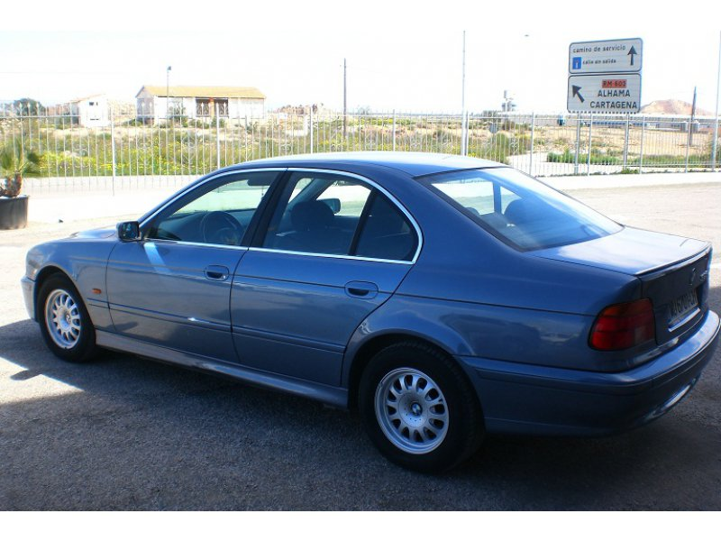 BMW Serie 5 SEDAN 525TDS