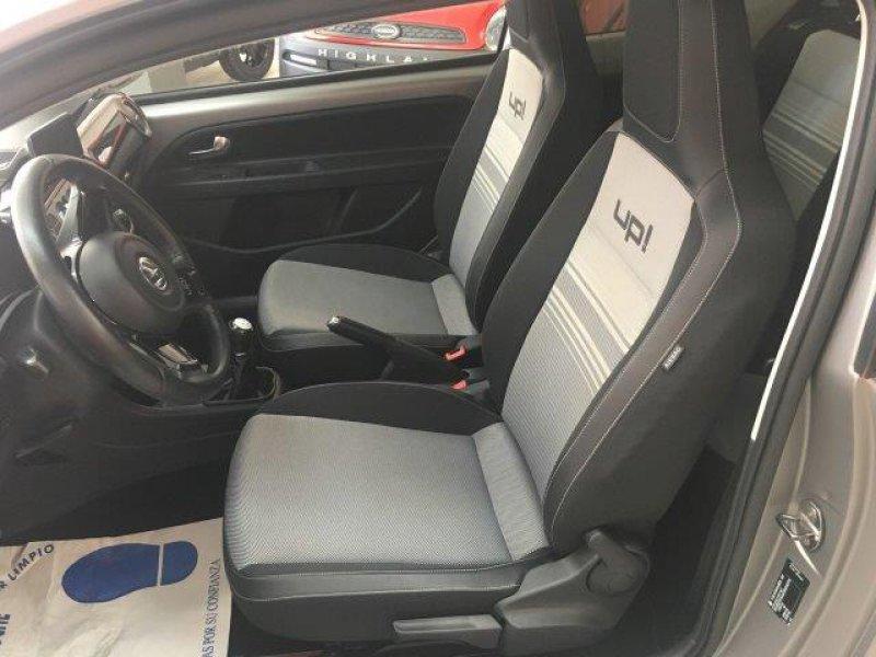 Volkswagen UP! 1.0 75cv Back up!
