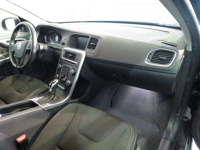 Volvo V60 2.0 D3 Auto Kinetic